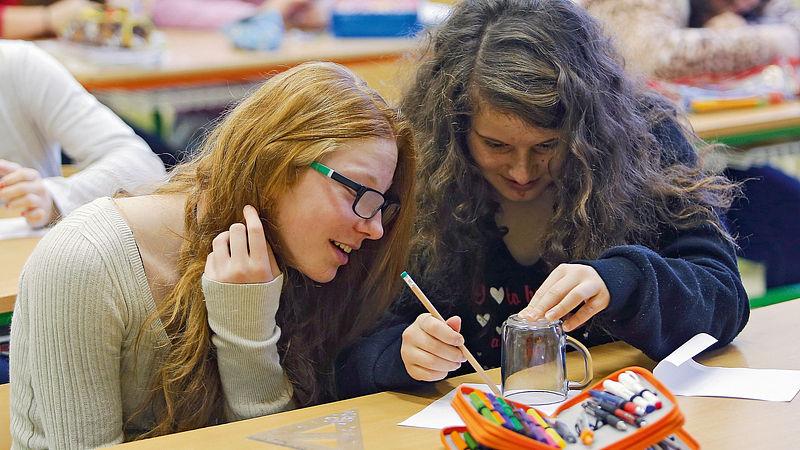Unie středoškoláků chce odložit povinnou maturitu z matematiky