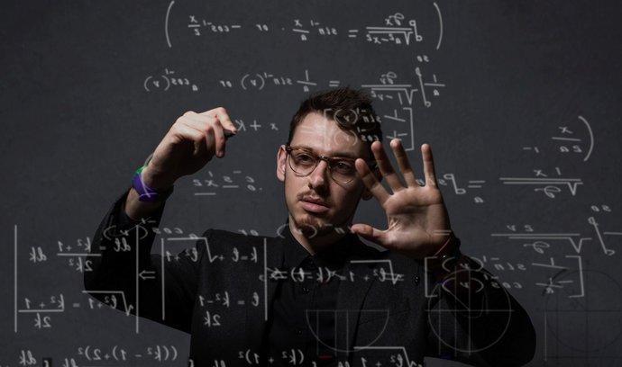 Česká středoškolská unie: Je povinná maturita z matematiky skutečným řešením?