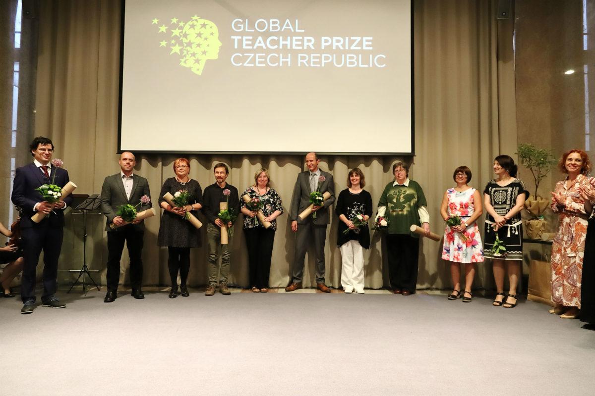 Kdo se stal učitelem roku 2018, aneb vyhlášení Global Teacher Prize