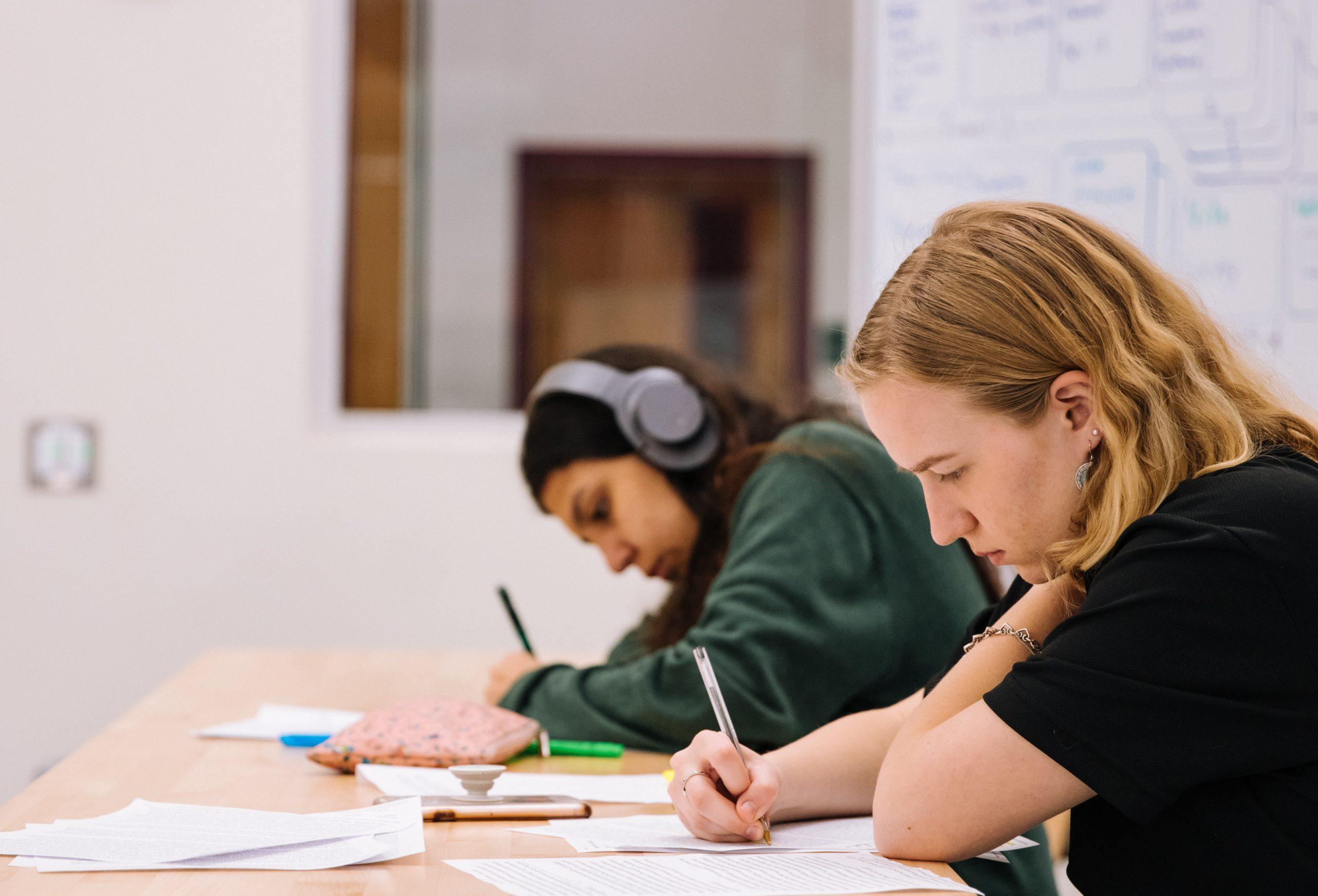 TZ: Středoškoláci požadují bezpečný návrat do škol